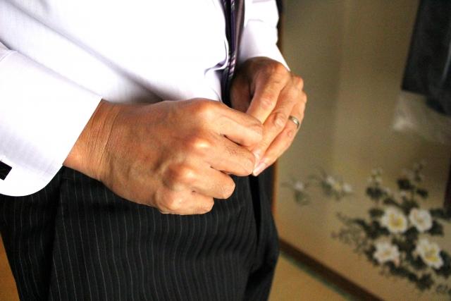 スーツ 学生服 スラックスのファスナー修理 交換 はマジックミシン広島祇園店にお任せ
