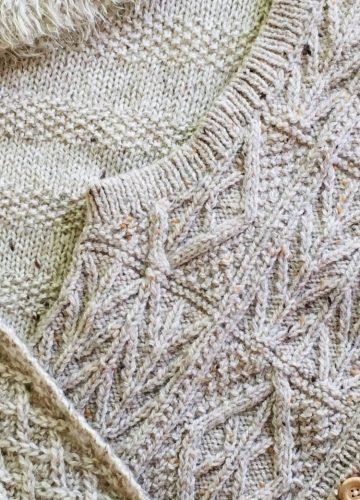 ニットやセーターの穴あき修理